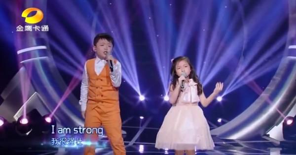 心震える歌声!名曲「You Raise Me Up」を歌う少年と少女の歌唱力がヤバい