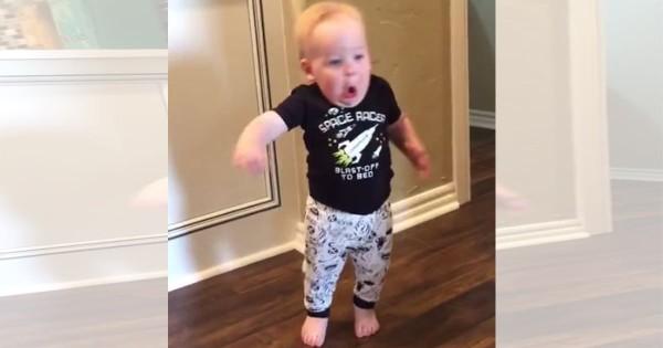 赤ちゃん ビックリ4
