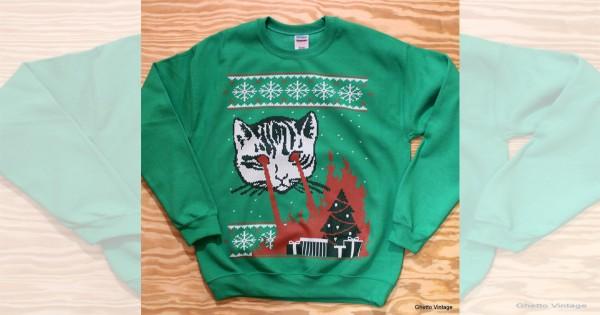 【目から火を出す猫のセーター】何故作った?!想像を超えてきたアイテム15選