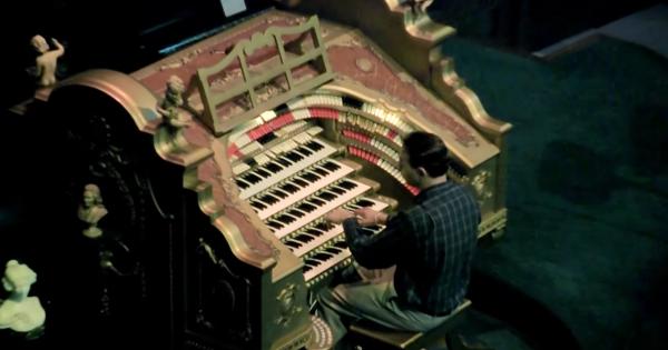聞き惚れる!「巨大パイプオルガン」で奏でるスター・ウォーズのテーマが圧巻