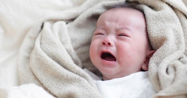 【子育てママ必見】海外では常識!赤ちゃんの夜泣きを一発で止める方法があるらしい