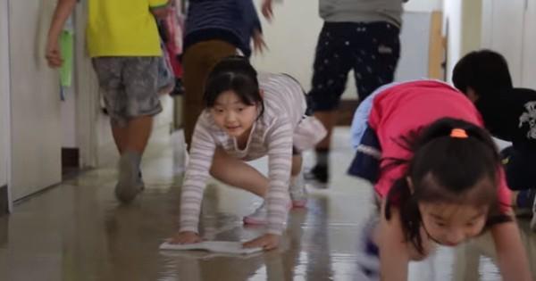 日本の学校を世界が絶賛! 日本では当たり前の「掃除の時間」のスゴさとは?