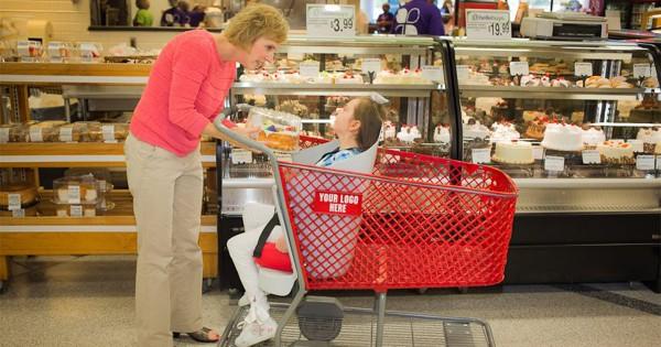 ママの強さが世界を変えた!障害を抱える娘のために考案したショッピングカートが全米に広がる
