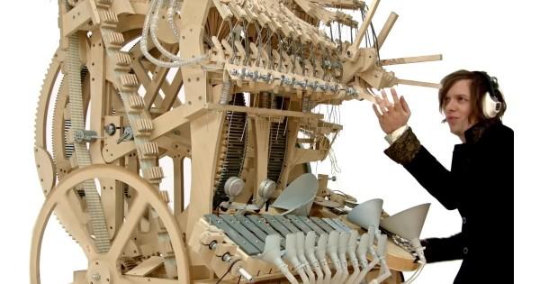 2000個のパチンコ玉が音を奏でる ピタゴラスイッチのような楽器にワクワクが止まらない