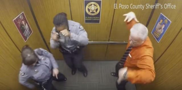 エレベーター ダンス1