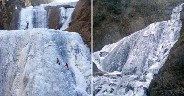 完全凍結すれば登ることも!真っ白に凍った「袋田の滝」がまるで時間が停止したみたい