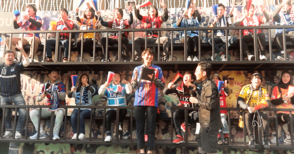 【サッカーファン大興奮】原宿のど真ん中でPKが出来るDAZN (ダ・ゾーン)のイベントが大盛況だった!