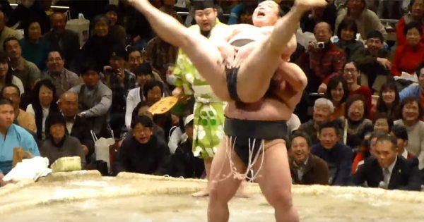 土俵でまさかのコント相撲?! ...