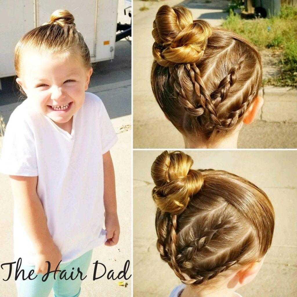 娘のヘアメイクをする父4