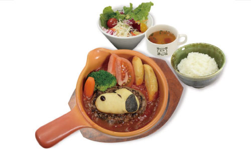 由布院_スヌーピーチーズ入りマッシュポテトとトマトソースの煮込みハンバーグ_お食事
