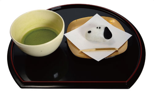 伊勢_スヌーピー薯蕷まんじゅう抹茶セット650円(税別)_デザート