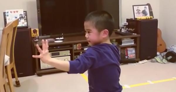 和製ブルース・リーは7歳!進化した「ヌンチャクさばき」が世界から絶賛!