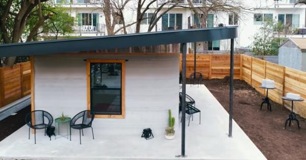 3Dプリンタで家が建つ!しかもたった24時間で完成!費用はわずか100万円!