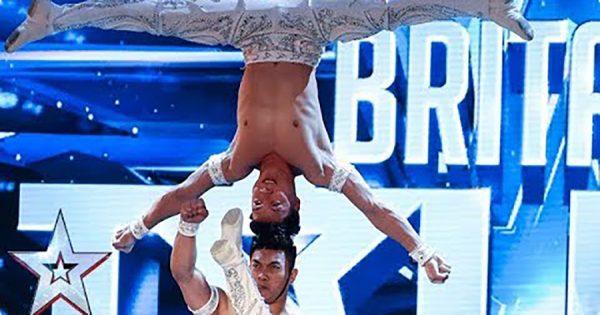 重力を超えた人間ピラミッド!ベトナム人コンビの驚愕パフォーマンスに世界が震撼!