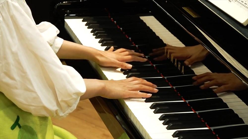 CMのアノ曲をアレンジしてみた【ピアノver.】.mp4.00_00_26_29.Still004_R