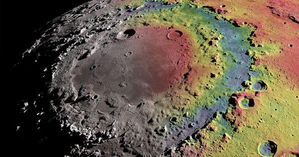 宇宙の神秘に脱帽!高画質4Kで捉えた月面ツアー映像に心震える