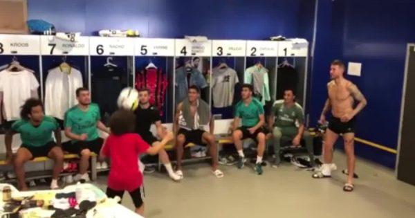 天賦の才能に驚愕!ブラジル代表・マルセロの息子8歳がレアル12選手とチャレンジ達成
