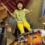 8歳の日本人少女は天才ドラマー!レッド・ツェッペリンを演奏する超絶テクが海外で話題沸騰!