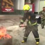 コーラは振ると『消火器』としても使える!二酸化炭素が火に有効「真似はしないで」