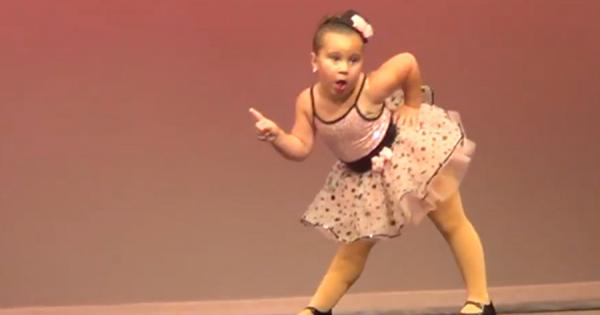 将来大物になる予感!子供とは思えないクールなダンスを披露する女の子に世界中が熱狂