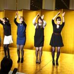 徳島県の有名な阿波踊りチーム「うずき連」による結婚式の余興!ドレスならではの美しさに魅了