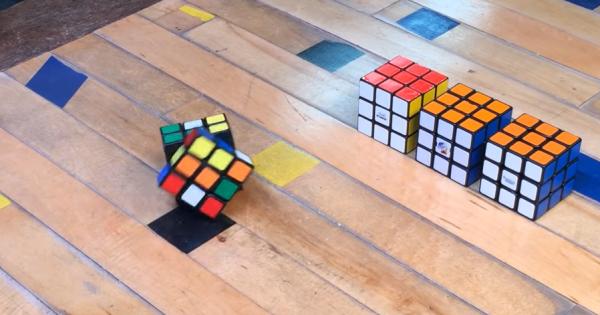 こいつ……動くぞ!崩した状態から、自分で動いて全面色を揃えるルービックキューブ