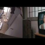 カメラの死角は大忙し!家具や壁などを入れ替える米国ドラマの長回しシーンの舞台裏