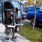 パパと娘たちの合体コスプレにほっこり!二足歩行のロボットとカッコいいパイロット
