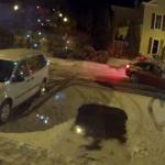 夜の駐車場で、防犯カメラが捉えた奇跡!タイヤで「ハートマーク」を描く車にほっこり