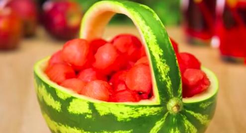 手際良すぎてずっと見れちゃう!フルーツと野菜の超簡単でおしゃれな切り方