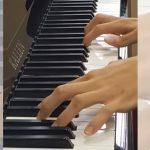 予想の斜め上のオチ!平凡なピアノ演奏動画と思いきや・・・