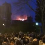 祈りがひとつに…ノートルダム大聖堂にパリ市民が捧げた「アヴェ・マリア」に心震える
