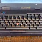 95年製PCの「飛び出すキーボード」が超クールだと話題に