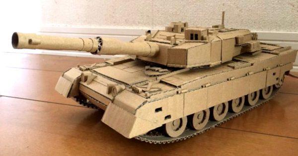 【衝撃】この段ボール戦車、動きます。
