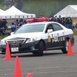 パトカーの走行テクニックが「ハンパなく高い」とわかる動画