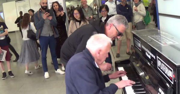 知らない2人が即興でピアノを演奏!こういう動画ほんとすき