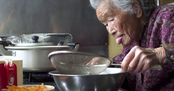 【おせち動画】99歳のおばあちゃんに学ぶ、人生の本質