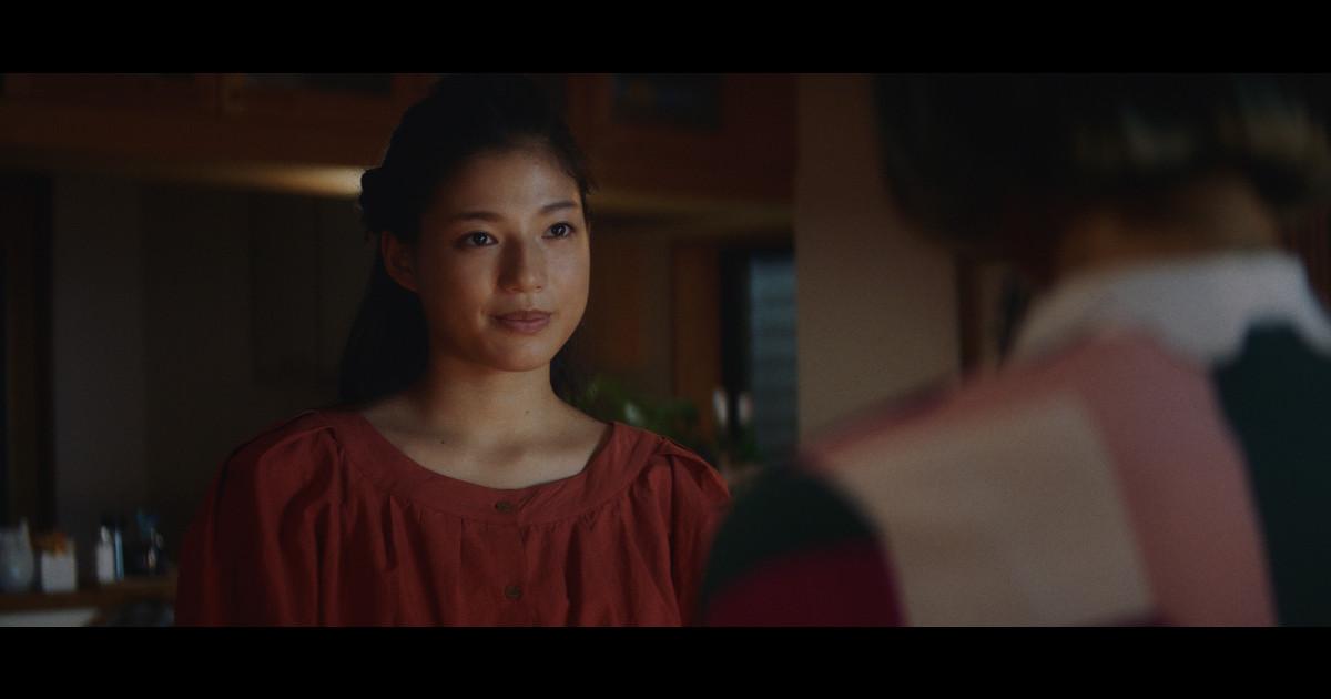 【対照的な姉妹】美容師になった二人が想いを寄せる動画に胸が温まる