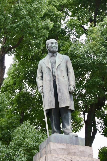 渋沢栄一の銅像