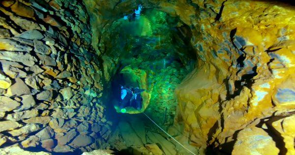 【動画あり】スロバキアの「水中に沈んだ鉱山」にダイバーしか見れない絶景が存在する