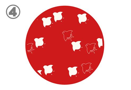 白い千鳥柄の赤丸