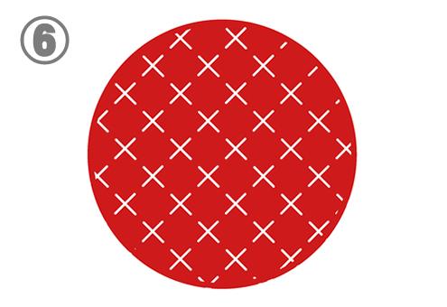 細かい白いバツ印柄の赤丸