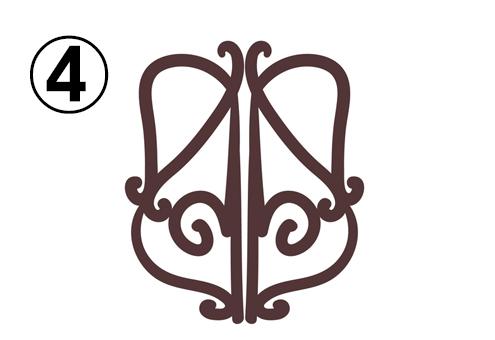 バイオリンのようなイメージの細い窓枠
