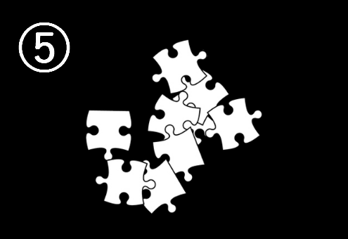 ランダムに重ねられたパズル