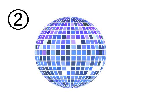 水色、青、紫に光るミラーボール