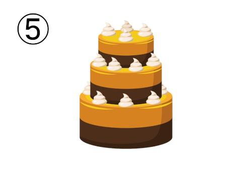 茶色とオークルカラーの三段重ねケーキ