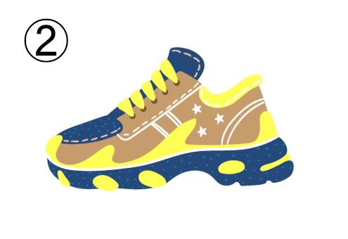 黄色、茶色、ネイビーの個性的なスニーカー