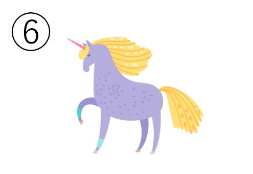 黄色いたてがみ、ピンクの角、右前足を上げた紫のユニコーン