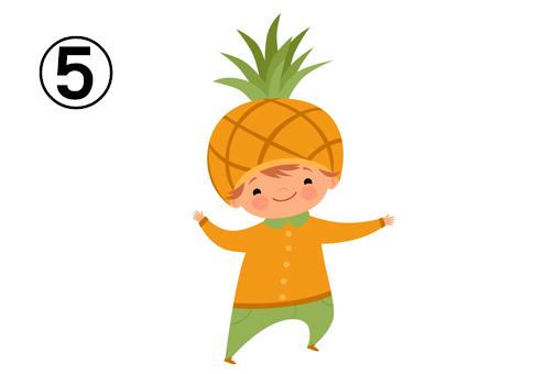 パイナップルの服と帽子