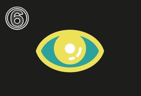 黄色い縁と瞳、白目部分が緑の目